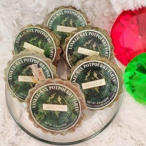 🆕️YANKEE CANDLE• 6 'MISTLETOE' wax tarts • NWT